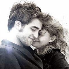 Busca alguien que te cambie la sonrisa porque basta con solo una para que el día mas triste se vuelva mejor .