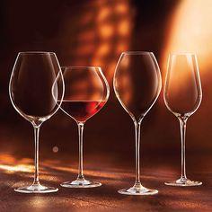 Descubre la finura del borde de las copas Vinarmony de Chef & Sommelier: elegancia y resistencia gracias a su fabricación en Kwarx y vidrio soplado artesanalmente.