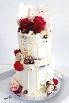 Торт свадебный открытый с сусальным золотом №63- 580 грн/кг  Без учета цветов