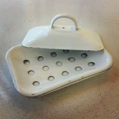 Enamelware Soap Dish - available at MakeYourKitchenSmile.com