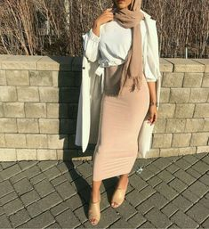 Hijab Turban IG: klassykassim Hijab Turban Source : IG: klassykassim by liva_neymar Muslim Women Fashion, Modern Hijab Fashion, Street Hijab Fashion, Hijab Fashion Inspiration, Islamic Fashion, Modest Fashion, Hijab Fashion Summer, Casual Hijab Outfit, Hijab Chic
