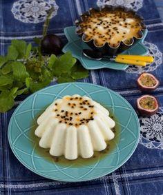 Bavaroise de gelatina com maracujá  TeleCulinária 1840. Disponível em formato digital: www.magzter.com Visite-nos em www.teleculinaria.pt