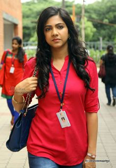 Madonna Sebastian cute and hot Tollywood south Indian actress unseen latest very beautiful and sexy images of her body curve navel show pics. South Indian Actress, Beautiful Indian Actress, Beautiful Women, Beautiful Saree, Prettiest Actresses, Beautiful Actresses, Beauty Full Girl, Beauty Women, Hollywood Actress Photos