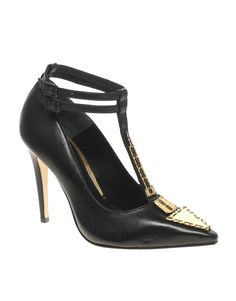 Everyone needs a little bling on their office pumps