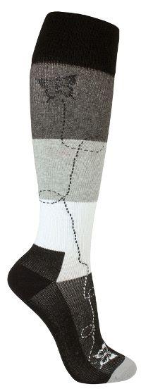 Tyylikäs tukisukka kauniilla perhoskuvioinnilla. Sukissa on kevyt tuki ja ne soveltuvat päivittäiseen käyttöön ehkäisemään jalkojen turvotusta ja väsymistä. 18th, Socks, Fashion, Moda, Fashion Styles, Sock, Stockings, Fashion Illustrations, Ankle Socks