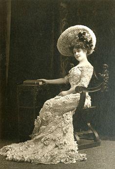Louise Willis, 1905