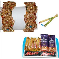 Us2Guntur • just now Get Ready for #Dandiya this #Dussehra Send this Exotic Gift Hampers For Other Gift Ideas. is.gd/dussehragifts For the latest Deals and other Offers, download the us2guntur mobile app now! iOS : goo.gl/5BQ55N For More Exciting Offers like our Official page pinterest.com/us2guntur