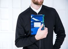 Van Gogh - travel wallet   Droog − a different perspective on design