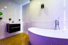 Białe płytki łazienkowe - Royal Place Tubądzin - zdjęcie od BLU salon łazienek Białystok
