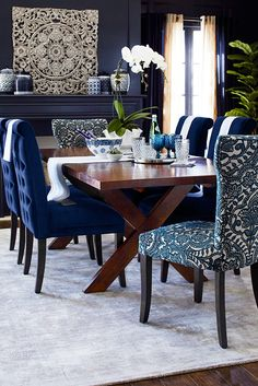 Brilliant blues, crisp whites--you can't go wrong with these colors. They free you up to mix and match patterns and textures--like Asian wood carvings, Javanese textiles and classic porcelain designs from Pier 1. Feel free to play with this look.
