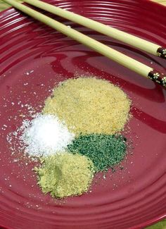 Asian Spice Mixes: Fried Rice and Stir Fry - Keep a homemade spice mix in your pantry to make dinner even faster and ensure you have a perfectly seasoned meal every time. Stir Fry Spices, Stir Fry Seasoning, Fried Rice Seasoning, Seasoning Mixes, Stir Fry Mix, Asian Seasoning, Homemade Spice Blends, Homemade Spices, Homemade Seasonings