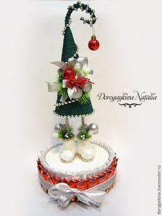 Купить Елка топатушка на коробке печенья с конфетами - комбинированный, елка, елка новогодняя