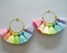 Jewelry Making Aesthetic 1 pair Rainbow Tassel Earrings Earring Hoops tassel Diy Macrame Earrings, Jewelry Design Earrings, Tassel Jewelry, Fabric Jewelry, Diy Earrings, Cute Jewelry, Earrings Handmade, Jewelry Crafts, Beaded Jewelry