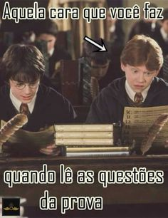 Eu na vid Harry Potter Anime, Harry Potter Hermione, Harry Potter Universal, Harry Potter Memes, Drarry, Korean Drama Quotes, Little Memes, Film Books, Funny Love