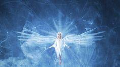 Светлая Душа, не раз на землю приходила, Свой опыт, знания всем дарила. И вот опять в сей мир сошла, Здесь полюбить себя должна, Уроков много проходила, Ошибок тоже совершила, не мало. Теперь наста…