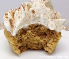 Pumpkin Cupcakes with Vanilla Cream Cheese Frosting - Keto, Low Carb & Gluten Free Cream Cheeses, Keto Desserts Cream Cheese, Vanilla Cream Cheese Frosting, Cupcakes With Cream Cheese Frosting, Low Carb Desserts, Low Carb Recipes, Free Recipes, Keto Cookies, Low Carb Cupcakes