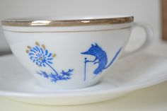 cup & saucer front by ohmycavalier, via Flickr