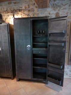 meuble en m tal ann es 50 armoire de cuisine inspiration recup. Black Bedroom Furniture Sets. Home Design Ideas