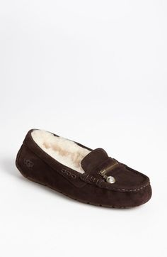UGG slippers Ugg Boots Sale, Ugg Boots Cheap, Sock Shoes, Ugg Shoes, Shoe Boots, Ugg Slippers, Womens Slippers, Ugg Australia, Uggs For Cheap