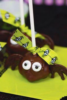 #Halloween Batty Truffle Pops
