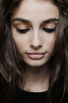 Superbes sourcils... #TheBeautyHours