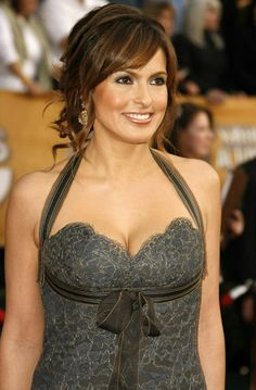 Mariska Hargitay I love her............. I dont wear dresses much but If i did I would wear this one all the time
