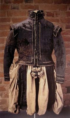 Pluderhosen & Doublet belonging to Svante Stures murdered in 1567