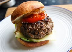 Quick and Easy Boerewors Burgers Grilling Recipes, Stew, Hamburger, Stuffed Peppers, Photo And Video, Cooking, Burgers, Ethnic Recipes, Easy