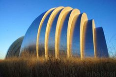Check out fresh photos of Moshe Safdie's new Kauffman Center in Kansas City!