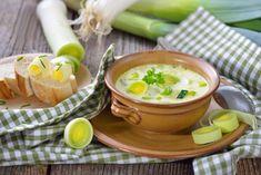 Póréhagymás, háromsajtos krémleves: maradék sajtokból is isteni - Recept | Femina