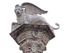 Bildergebnis für geflügelter löwe