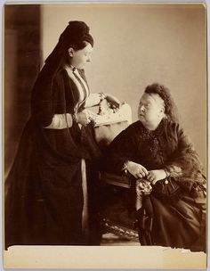 Queen Victoria and her daughter Vicky after the death of Friedrich III of Prussia.