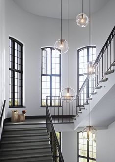Ceilings Application of Vintage Lamps to Look Modern Inside Room and Rebuild – Home of Pondo – Home Design - Modern Entryway Chandelier, Entryway Lighting, Entryway Decor, Entryway Ideas, Hallway Lamp, Interior Lighting, Stairway Lighting, Hall Lighting, Lighting Stores