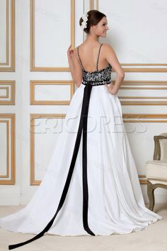 Design your own wedding dress wedding dress creator http design your own wedding dress wedding dress creator httpcasualweddingdresseswhy not design your own wedding dress for some personal touc junglespirit Image collections