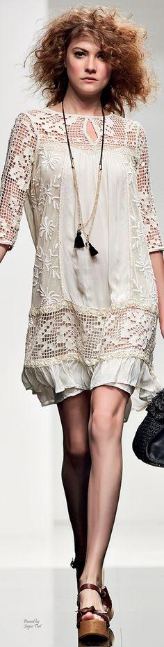 Simona Barbieri - Twin Set S/S 2015 RTW women fashion outfit clothing style apparel @roressclothes closet ideas