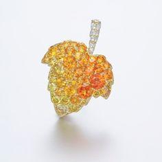 Gimel.  Via Elena Veselaya (@twentyonejewels) on Instagram: Gold, sapphire and diamond brooch, by Gimel. Front side.  #gimeljewelry #finejewelry #jewelry #jewelryart