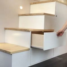 furniture This set of storage stairs is easily hidden throughout the day, and also serves as stairs up to the bedroom loft! Via New Zealand-based buildtinyhomes Tiny House Movement // Tiny Living // Tiny House Storage // Tiny Home Stairs // Tiny House Loft, Tiny House Stairs, Tiny House Storage, Tiny House Living, Tiny House Design, Tiny House On Wheels, Loft Stairs, Tiny Bedroom Storage, Tiny Loft