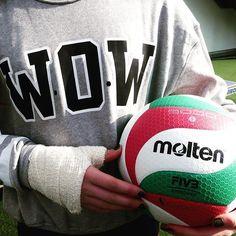 WoW!  #volei #voley #voleibol #volleyball #voleiboll #volleyballismylive #volleyballplayer #infantilvolleyballplayer #volleygirls #mundovolei #govoley #follow #followme #followback #followforfollow #follow4follow #pallavolo #Molten