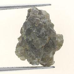 Earth Mined Natural Rough Diamond 5.57 Ct Grayish Sparking Diamond