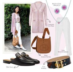 Look do dia Alice Ferraz: Calça branca carrot, casaqueto da Carol Bassi ótimo para o dia a dia, bolsa camel e mule metalizada.