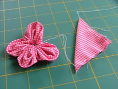 Sew Blessed: Fabric Flower Tutorial......