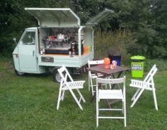 De toffe piaggio ape - Toffe Koffie Piaggio Ape, Coffee Van, Coffee To Go, Mobile Coffee Shop, Vespa Ape, Coffee Carts, Coffee Recipes, Outdoor Furniture Sets, Camper