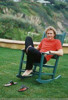 Photo of Heath for fans of Heath Ledger 441797 Beautiful Soul, Beautiful People, Australian Actors, Barefoot Men, Portraits, Man Crush, Celebrity Crush, Pretty Boys, Actors & Actresses