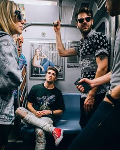 14.8 mil curtidas, 107 comentários - The Chainsmokers (@thechainsmokers) no Instagram Andrew Taggart, Boy Haircuts Long, Toddler Boy Haircuts, The Chainsmokers Wallpaper, Tom Holland Haircut, Macho Alfa, Top Singer, Medium Hair Cuts, Surf Girls