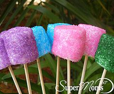 Sparkle Pops - A bright and colorful addition to any party or occasion. Sweet to eat and also look great clustered as a centerpiece. Tags: easy kids dessert | easy spring dessert | easy spring recipe | easy easter recipe | easy easter dessert | easter treats for kids | SuperMoms360.com