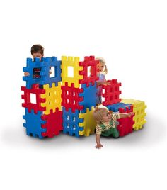 The perfect combination of a construction set and building blocks! These snap-together oversize waffle blocks are perfect for building a fort, castle an...