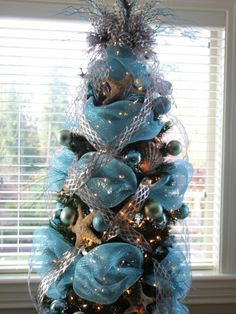 Artificial Christmas Tree Design, Pictures, Remodel, Decor and Ideas - page 52