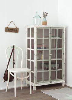 China Cabinet, Ladder Decor, Sofas, Locker Storage, Home Furniture, Sweet Home, House, Storage Ideas, Home Decor