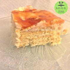λευκός κορμός Greek Beauty, Food To Make, Bread, Desserts, Cupcake, Recipes, Happy Birthday, Gardening, Foods