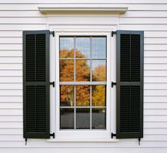 lemonadeandivy:  autumn reflection…